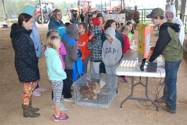 Agricultural and Environmental Science Day Held in Elizabethtown