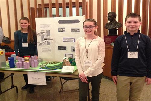 EAMS students take home awards at Future City competition
