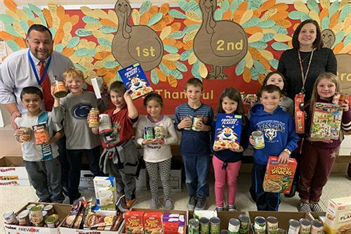 Rheems Elementary School holds Thanksgiving Food Drive