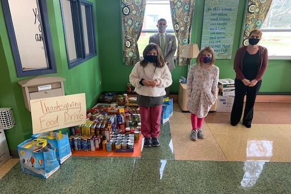 Mill Road Elementary Holds Thanksgiving Food Drive