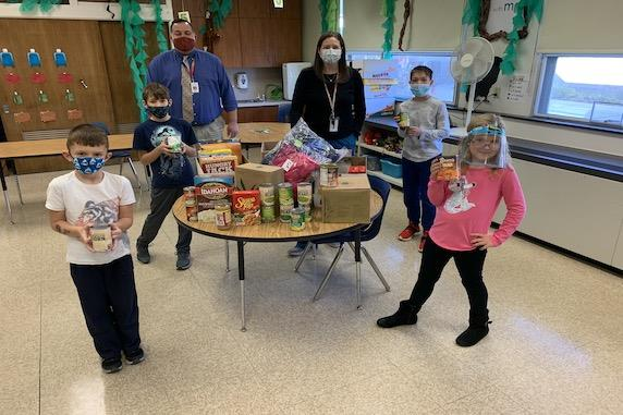 Rheems Elementary Thanksgiving Food Drive Benefits Six Local Families