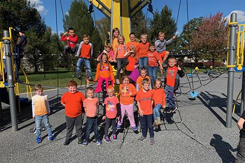Bainbridge Elementary celebrates Unity Day and bully free schools
